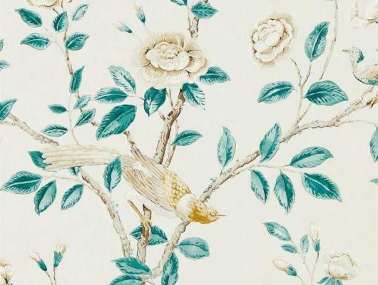 Дизайнерские обои Andhara арт. 216794 из коллекции Caspian, Sanderson,  Великобритания с райскими птицами и бирюзовыми листьями на кремовом фоне,купить в интернет-магазине., Caspian, Обои для гостиной, Обои для кухни, Обои для спальни
