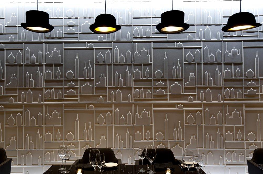 03_Plums_Restaurant,_The_Ritz-Carlton,_Bahrain