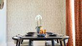 Заказать дизайнерские обои на основе флизелина для гостинной 112169 из коллекции Momentum 6 от  Harlequin с абстрактным рисунком в золотых тонах на бежевом фоне со стеклярусом с бесплатной доставкой до дома