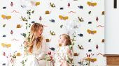 Купить обои для детской Garden Friends арт. 112635 от Harlequin с забавными разноцветными насекомыми на белом фоне в салонах Москвы.