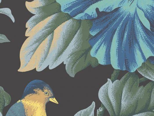 Обои флизелиновые Fardis PARADISE Camila, для спальни, для гостиной, с крупными цветами гибискуса синего цвета и птицами горчичного и синего цвета на черном фоне, купить в интернет-магазин обоев, салон обоев, большой ассортимент, купить обои в Москве, оплата обоев онлайн,  доставка обоев на дом, PARADISE, Обои для гостиной, Обои для спальни