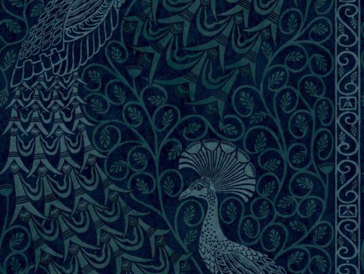 Обои с переливающимися синим и зеленым цветом павлинами на фольгированном флизелине, могут быть достойным приобретением для вашей гостиной, The Pearwood Collection, Английские обои, Новинки, Обои для гостиной