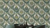 Обои Fardis - Mai арт. 11714. Детально прорисованные артишоки и колокольчики объединены современным стилевым оформлением, в котором насыщенные, экспрессивные цвета применяются наравне с классическими оттенками. На фоне серого цвета изыскано выделяются тёмно-зелёные и травянистые оттенки. Подобрать обои, растительный орнамент, цветы в интерьере.