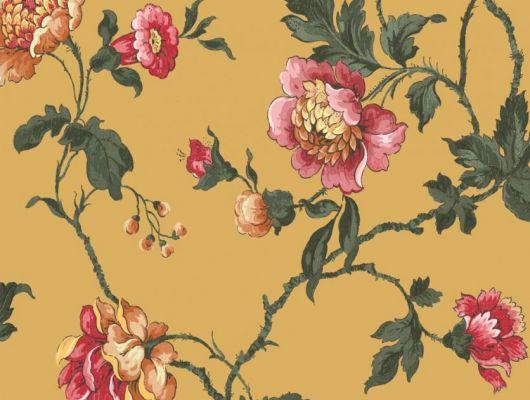 Обои Fardis арт. 11725, где розы шиповника на ярком фоне цвета охры с детально прорисованными лепестками красных и желтых цветов, красиво извиваясь, плетут великолепный обойный узор и в то же время дарят милое ощущение загородной жизни. Обои Fardis, Английские обои, выбрать в каталоге., CANTARI, Обои для гостиной, Обои для спальни