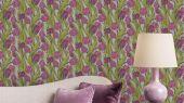 Обои Avril арт. 11732 от Fardis. Плавно изгибающиеся бежевые и белые тюльпаны, на темном фоне, в потрясающем обрамлении листьев рубиновых, красных и зеленых оттенков - стремятся вверх и задают динамичный фон в интерьере. Обои для ремонта, обои для комнаты, красивые обои.