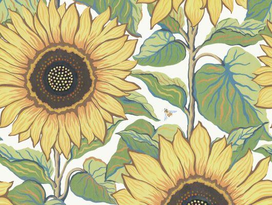 Фото обоев задорного цветочного узора в желтых, оранжевых, зеленых и синих тонах, белый фон и мягкая текстура ткани: обои Solrosor излучают радостное настроение. Эффектные подсолнухи с сочными листьями, вручную написанные гуашью, наполнят ваш дом теплом и радостью., Special Edition Flowery, Обои для гостиной, Обои для кухни, Обои для спальни