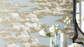 Приобрести обои на основе флизелина с рисунком вечернего неба арт. 216601 дизайн Silvi Clouds для гостинной из коллекции Elysian от Sanderson в шоу-руме в Москве