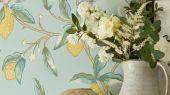Английские обои арт. 216674 из коллекции Melsetter от Morris, Великобритания с изображением лимонного дерева подойдут для ремонта квартиры.Фото в интерьере.