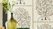 Купить флизелиновые обои Anaar Tree арт. 216791 из коллекции Caspian, Sanderson,  Великобритания,рисунком гранатового дерева в цвете древесного угля и золота,с бесплатной доставкой.