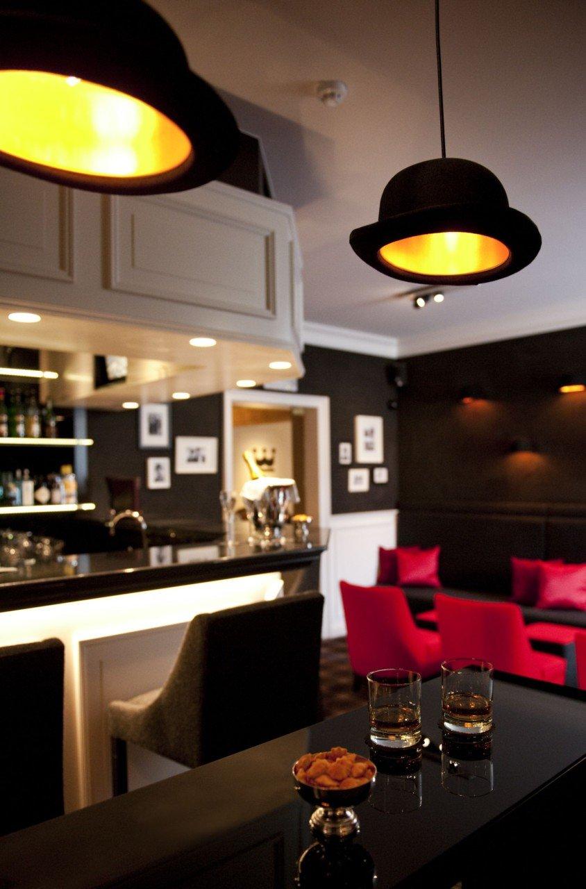 10_Hotel_Prinsenhof_Bar,_Bruges,_Belgium