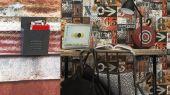 Купить фотообои флизелиновые Aura Les Aventures,арт. 51173610.Заказть в интернет-магазин с доставкой. Обои с геометрическим рисунком. Фотообои для подростка.  Обои в полоску. Фотообои под бетон