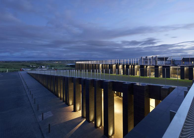09._Giant's_Causeway_Visitor_Centre