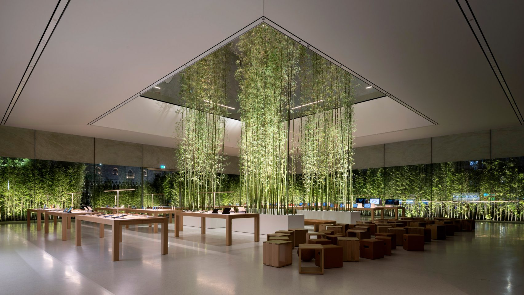 Foster-Partners-Apple-02