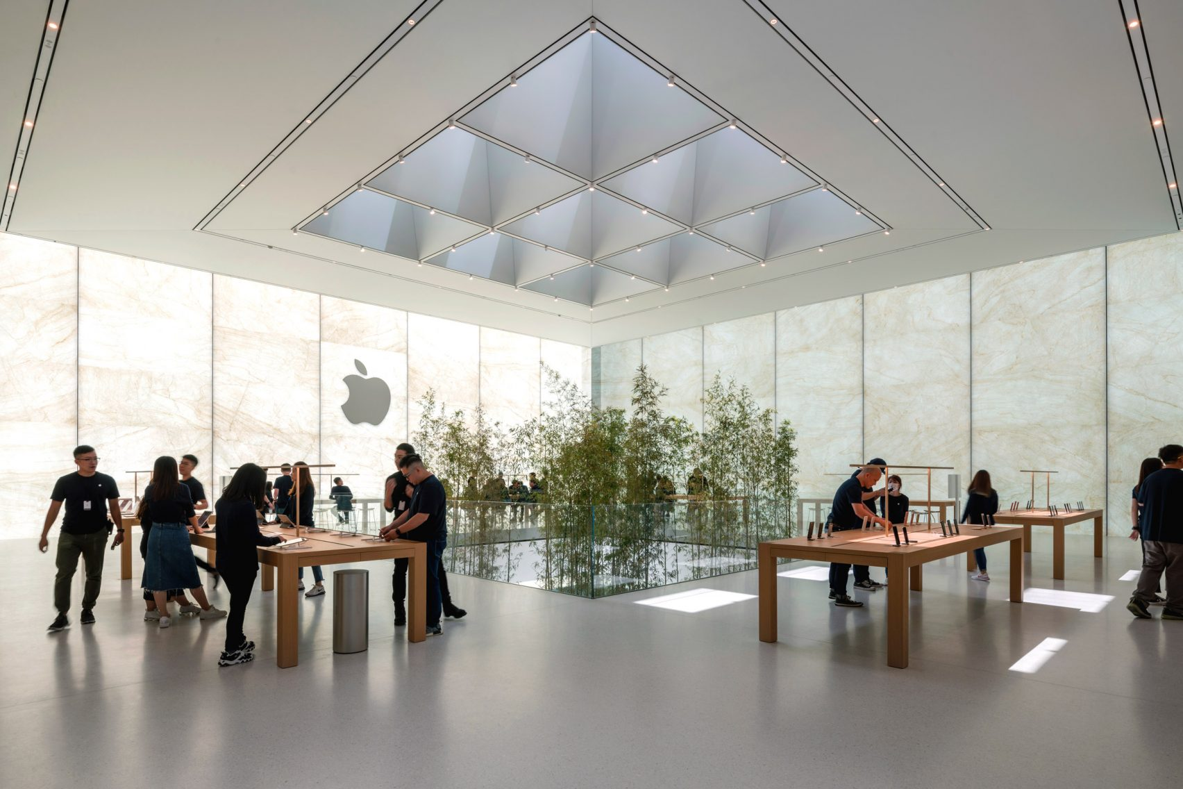 Foster-Partners-Apple-03