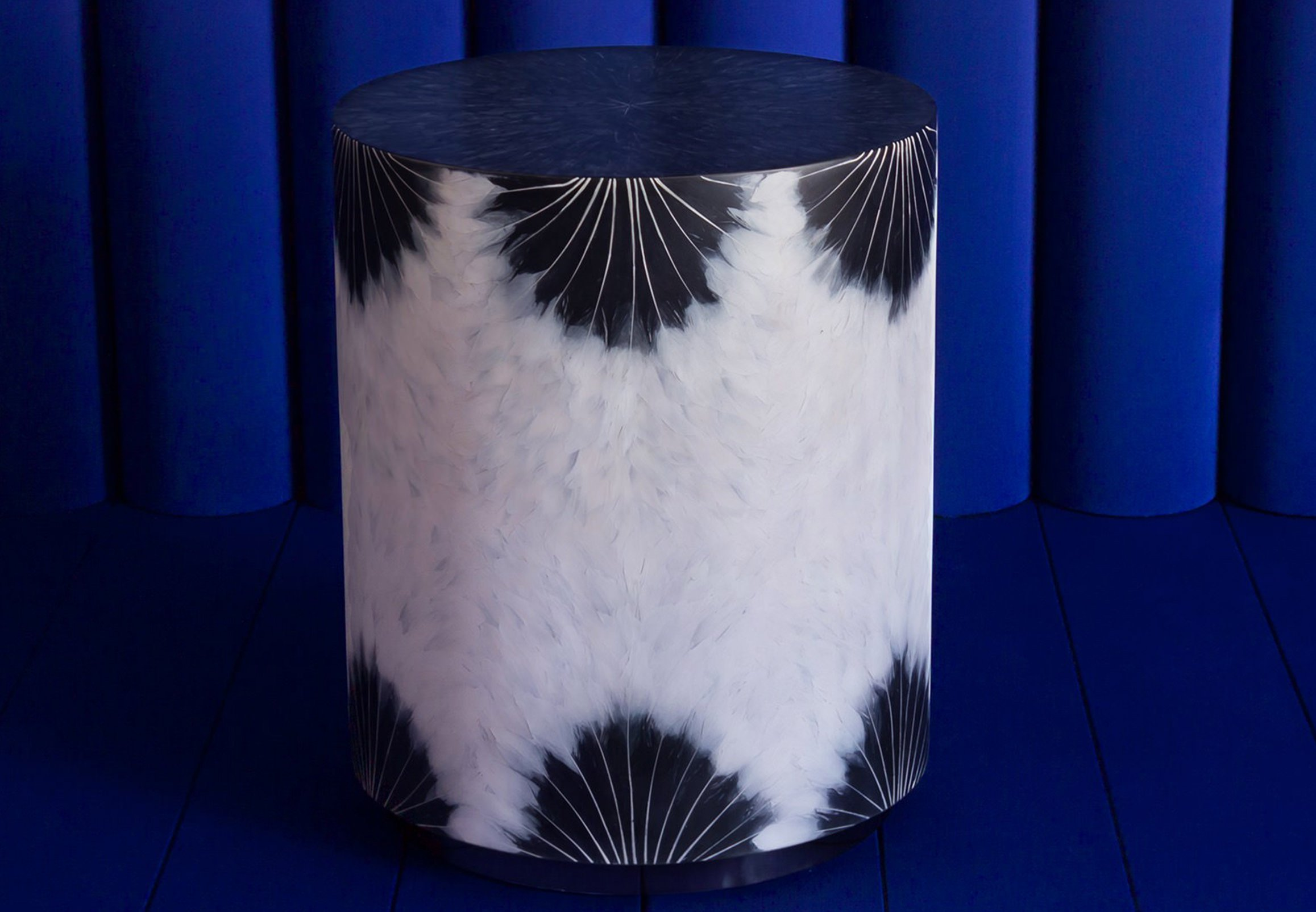 seafood-and-feather-furniture-13