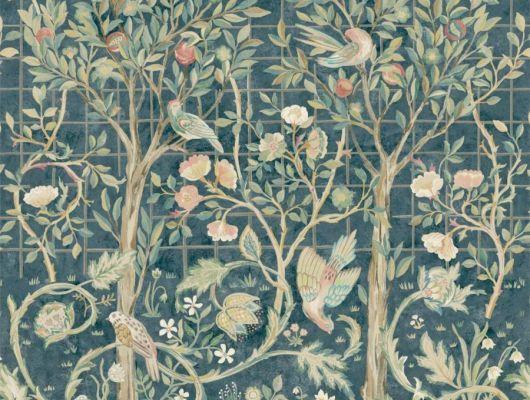 Подобрать панно для гостиной арт. 216706 из коллекции Melsetter от Morris, Великобритания в цвете индиго с крупным  растительным узором в шоу-руме в Москве.Фото в интерьере, Melsetter, Новинки, Обои для гостиной, Обои для кабинета, Обои для спальни, Фотообои