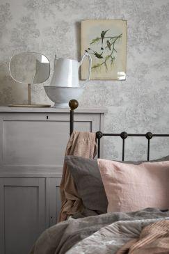 AVintageBook_1668_Bedroom_Detail1-243x365
