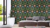 Обои в интерьере Fardis - Artisan арт. 11741. Дизайн напоминает средневековый стиль с угловатыми элементами, цветочный рисунок выполнен в красных и желтых оттенках с зеленой растительностью на темном фоне. Выбрать обои в гостиную, обои в квартиру, флизелиновые обои.