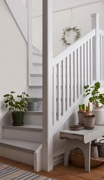 BeautifulTraditions_Elsa_Staircase-212x365