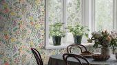 Флизелиновые обои из Швеции коллекции SPECIAL EDITION FLOWERY от Borastapeter с рисунком BLOMSTERHAV. Разнообразие цветов перенесет вас на очаровательную яркую поляну. Выбрать обои в столовую на сайте odesign.ru.