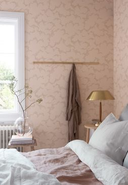 Hanna_Werning_Wonderland_Molntuss_Bedroom_2-253x365