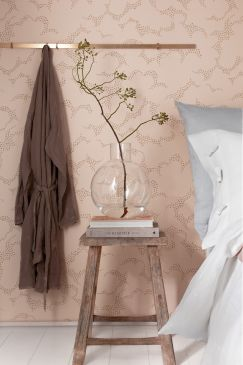 Hanna_Werning_Wonderland_Molntuss_Bedroom_Detail-243x365