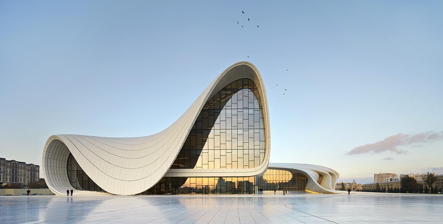 Heydar_Aliyev_Center