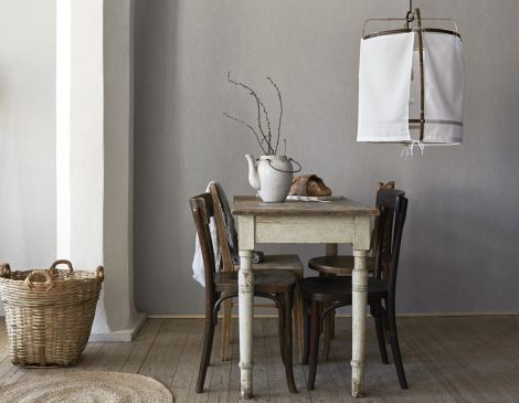 Linen_Dove_Grey_Diningroom2-470x365