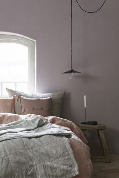 Linen_Lavender_Blush_Bedroom-243x365