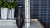 Заказать Флизелиновые обои из Швеции коллекция Scandinavian Designers III от Borastapeter M.I.T. Ритмичный геометрический рисунок в виде сетки  на фоне темного ночного неба