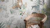 Флизелиновые фотообои из Швеции коллекция Newbie от Borastapeter, с рисунком под названием Magic Forest Mural – Магический лес. Лесные деревья и животные сошедшие со страницы детской раскраски станут идеальным фотопанно для детской. Оплата онлайн, купить обои, большой выбор, бесплатная доставка
