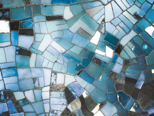 Флизелиновые фотопанно из Швеции коллекция CAPTURED REALITY No 2 от Mr.PERSWALL под названием GLASSLANDS. Абстрактное панно голубого, синего и бирюзового цвета. Фотообои для гостиной, панно для спальни, фотопанно для коридора. Большой ассортимент, купить обои в салоне Одизайн, Captured Reality No 2, Обои для гостиной, Обои для кабинета, Обои для кухни, Обои для спальни, Фотообои, Хиты продаж