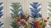Обои 1004/02, с синим растительным орнаментом на фоне белого цвета в каталоге Christian Lacroix