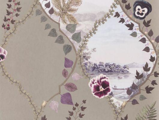 Изящное воплощение стелящихся побегов плюща и цветущих анютиных глазок, форму которым придает трельяжная решетка, на бежевом фоне представляет собой серию безмятежных ландшафтов - взгляд в уникальный мир Christian Lacroix изображенный на дизайнерских обоях из Великобритании, Histoires Naturelles, Обои для гостиной, Обои для спальни