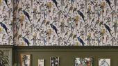 Обои для акцентной стены от Christian Lacroix  PCL7017/07 с символичным рисунком из экзотических птиц и растений, на молочном фоне, с графичными линиями, для создания глубины и иллюзии движения, с оплатой онлайн