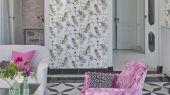Заказать обои для гостиной, дизайн Acanthus арт. PDG1022/04 из коллекции Majolica от Designers guild со стрекозами на белом фоне, большой ассортимент.