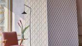 Обои в коридор арт. PDG1054/04  из коллекции Mandora от Designers Guild, Великобритания с современным геометрическим принтом в виде ромбов припыленного розового и лососевого цвета. Заказать   на сайте Odesign в Москве, бесплатная доставка
