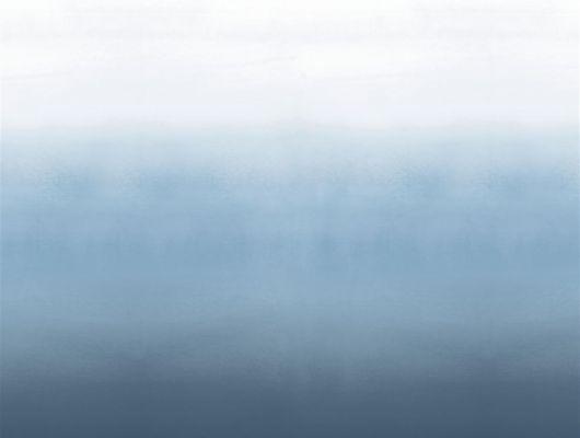 Фотопанно для спальни арт. PDG1059/03  из коллекции Mandora от Designers Guild, Великобритания с градиентной растяжкой в бело-синих тонах. Приобрести  в салоне обоев в Москве, онлайн оплата, Mandora, Обои для гостиной, Обои для кухни, Обои для спальни
