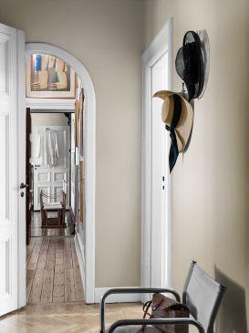 SandBeigeImage_RoomShoot_Hallway_Item_4866_0019_SR-273x365