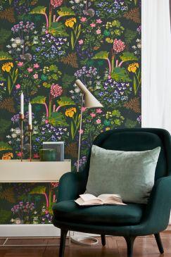 Scandinavian-designers-II-oboi-dlya-gostinoj-Rabarber-243x365