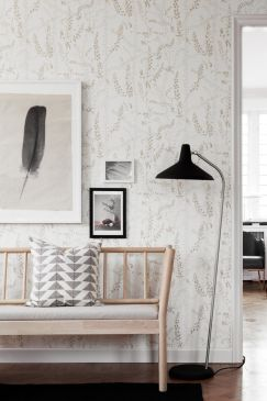 Scandinavian-designers-II-oboi-dlya-prihozhej-Bladranker-243x365
