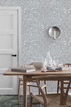 Scandinavian-designers-II-oboi-v-kuhnyu-Romans-243x365