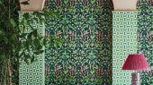 Флизелиновые обои пр-во Великобритания коллекция Seville от Cole & Son, рисунок под названием Jasmine & Serin Symphony изящный растительный узор с птицами на черном фоне. Обои для гостиной, обои для спальни, обои для кухни. Онлайн оплата, большой ассортимент, купить обои в интернет-магазине Одизайн