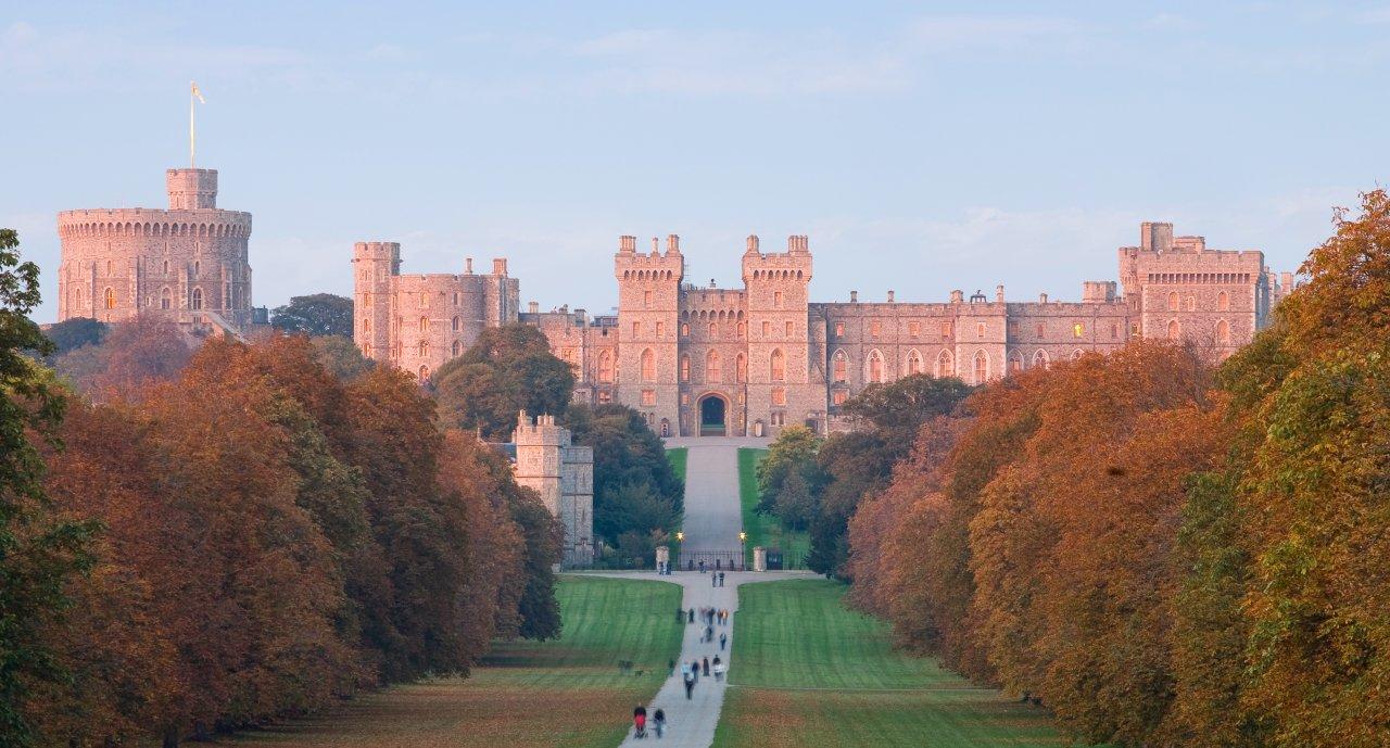Windsor_Castle_on_Royal_Mail_stamps01