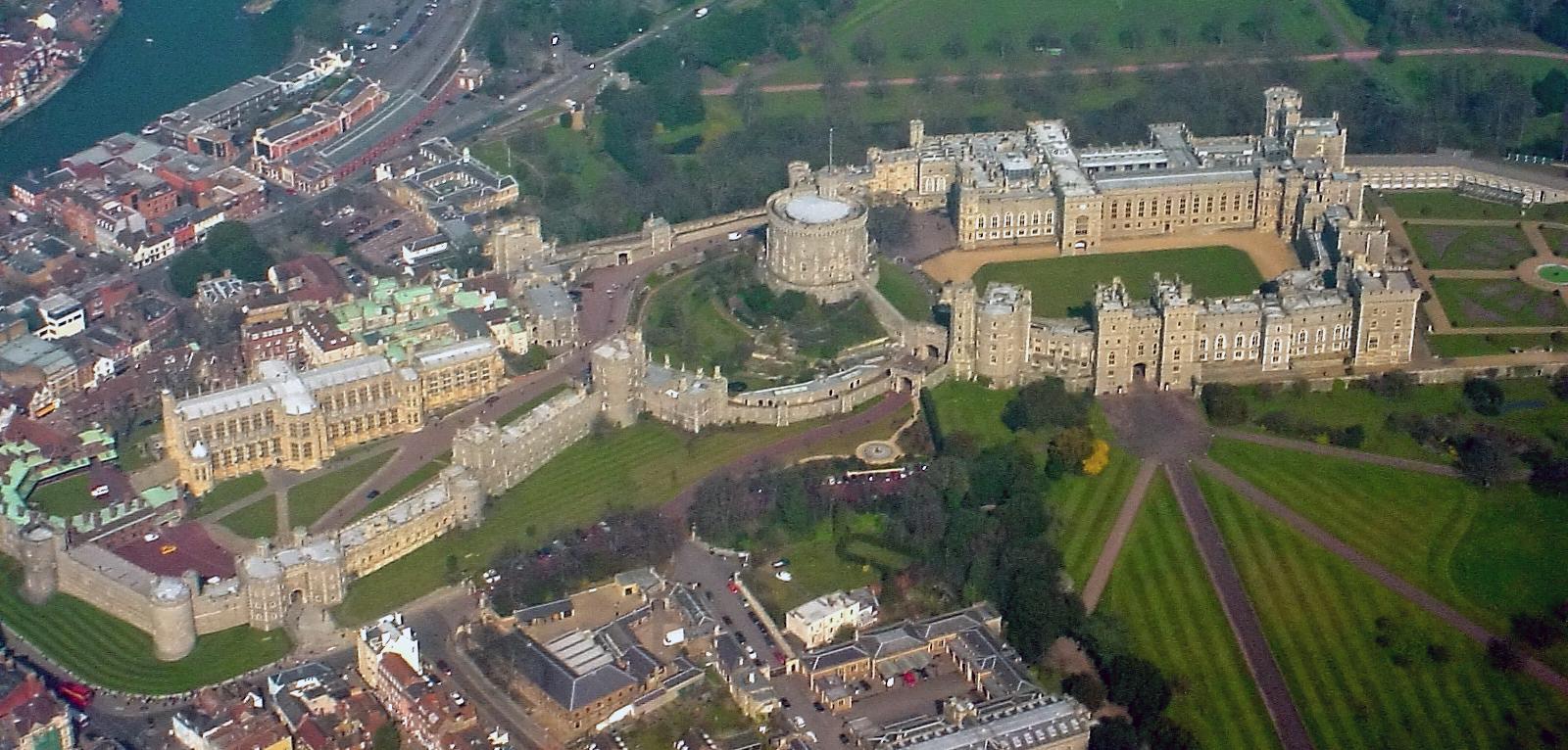 Windsor_Castle_on_Royal_Mail_stamps02