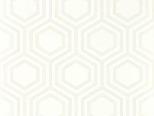 Купить обои для ремонта арт. 112150 дизайн Selo из коллекции Salinas от Harlequin, Великобритания с геометрическим рисунком из гексагонов блестящего бежевого  цвета на бежевом фоне купить в салоне обоев Odesign, Salinas, Обои для гостиной, Обои для спальни
