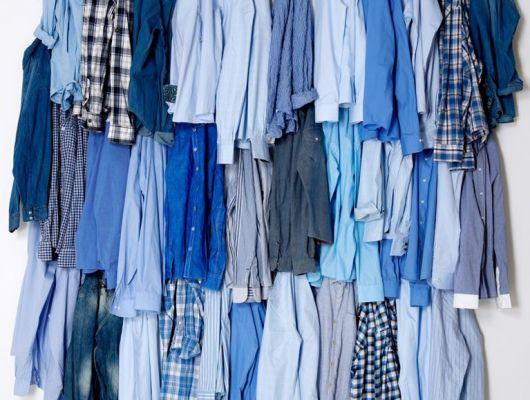 """Фотообои """"Синий цвет"""" с изображением синих мужских рубашек висящих на стене, в разделе фотообои в гардеробную, Fashion, Фотообои, Хиты продаж"""