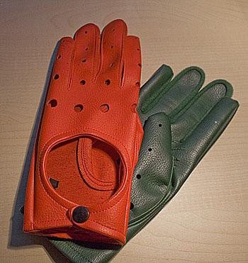 Dagen-H-gloves